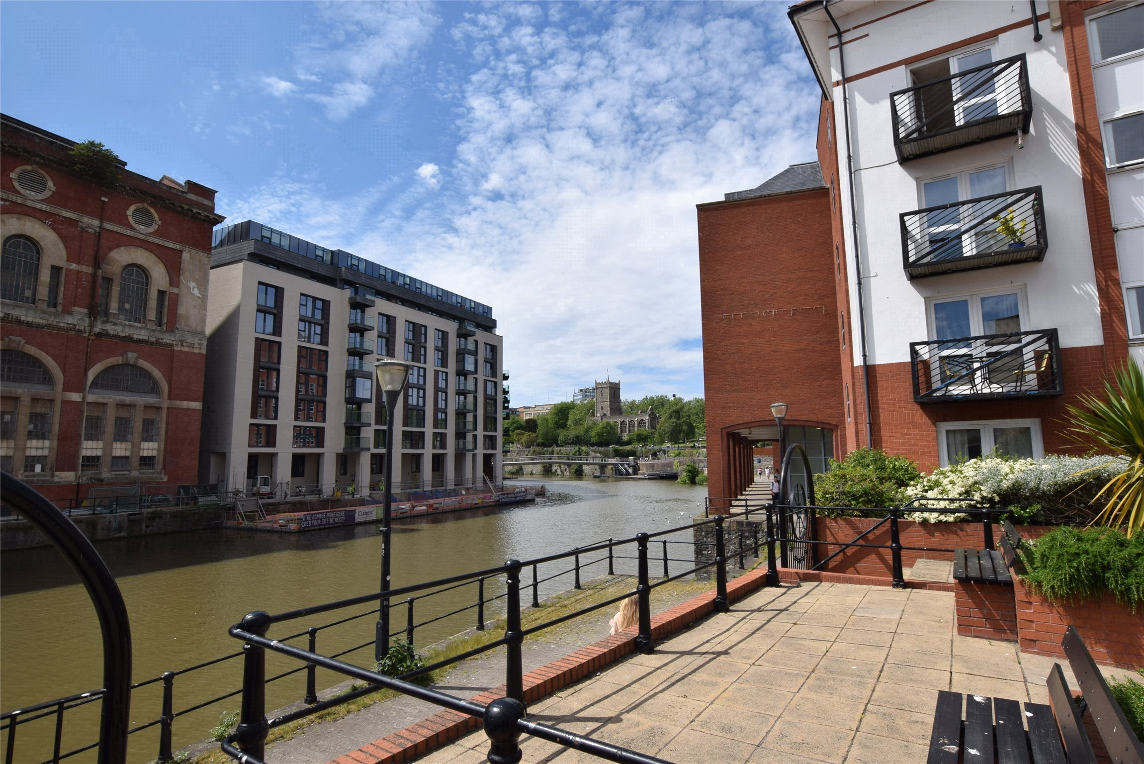 2+ bedroom flat/apartment for sale in Ferrymans Court ...